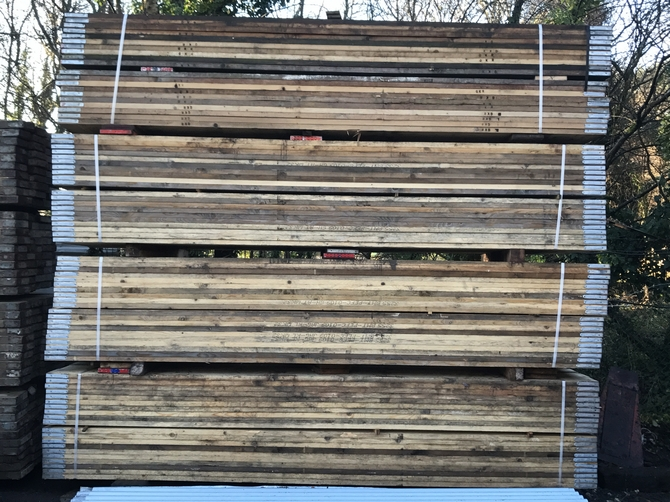 13ft New Scaffold Boards 3.91m x 225 x 38mm BSE Kite Marked
