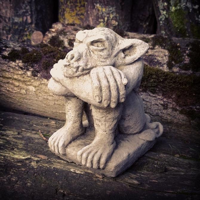 Sitting Gremlin