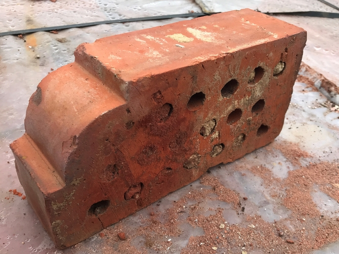 Reclaimed Bull Nose Bricks 230 x 110 x 70mm