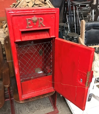 Antique Ludlow Wall Mounted Post Box