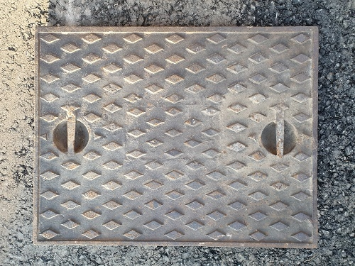 Salvaged Cast Iron Manhole/Inspection Cover 666 x 518