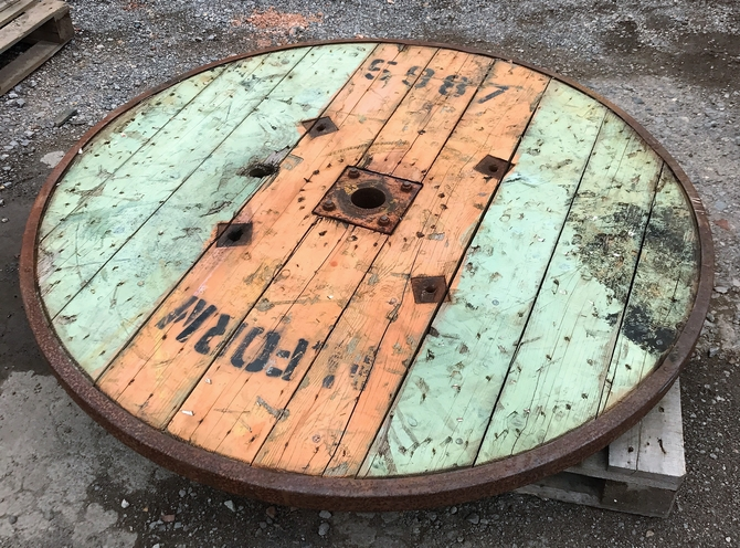 Cable Reel Side