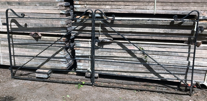 Reclaimed 6 Bar Wrought Iron Gates L: 303 x H: 128 cm