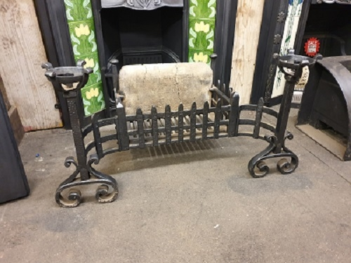 Cast Iron Fire Basket with Fire Brick