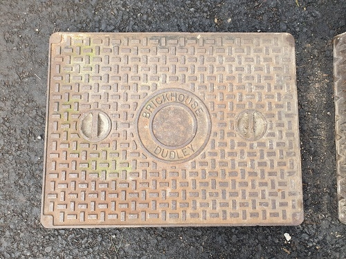Salvaged Cast Iron Manhole/Inspection Cover 657 x 506