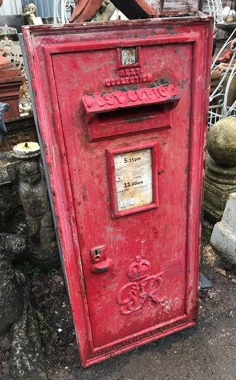 George 6th Antique Wall Mounted Post Box (G6R)