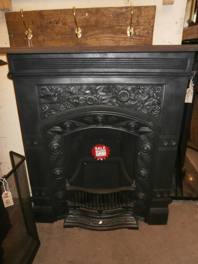 CAST IRON FIREPLACE AR21