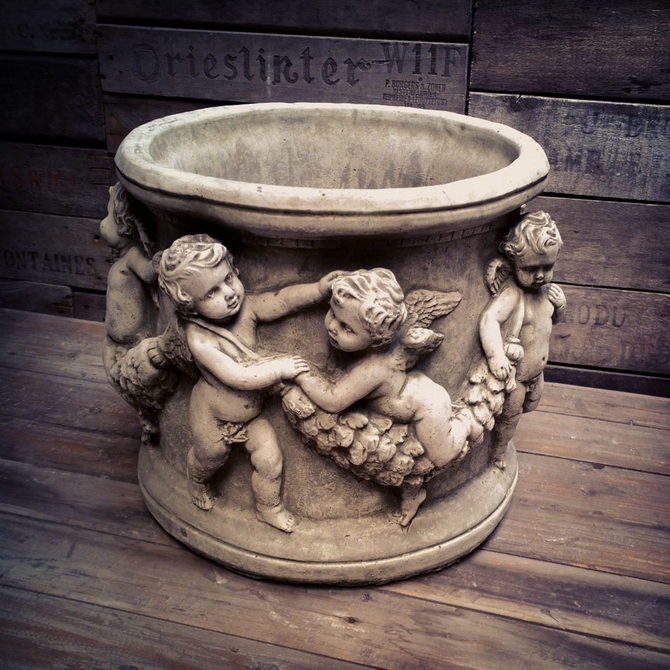 Cherub Pot Large