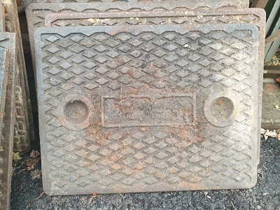 Salvaged Cast Iron Manhole/Inspection Cover 640 x 495