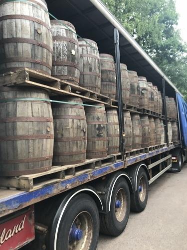 Oak Barrels 200 litres