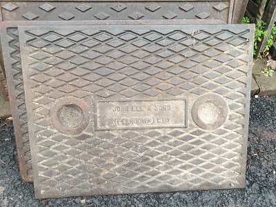 Salvaged Cast Iron Manhole/Inspection Cover 640 x 490