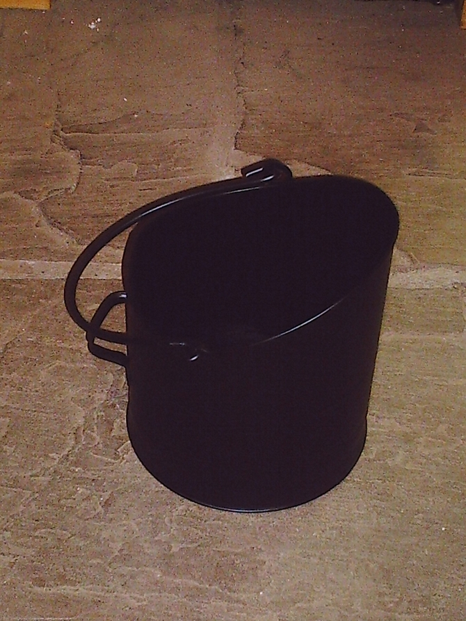 Milton Hod (coal bucket) AR574