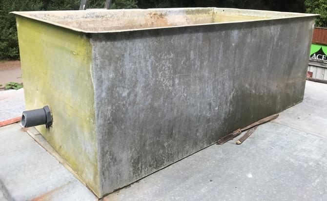 Large Galvanised Water Tank