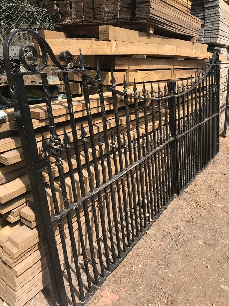 Reclaimed Decorative Wrought Iron Gates L: 355x H: 157 cm