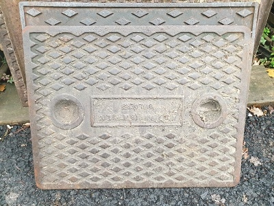 Salvaged Cast Iron Manhole/Inspection Cover 658 x 517