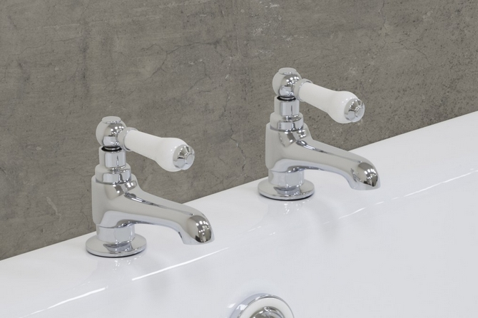 Rim Mounted Bath Taps