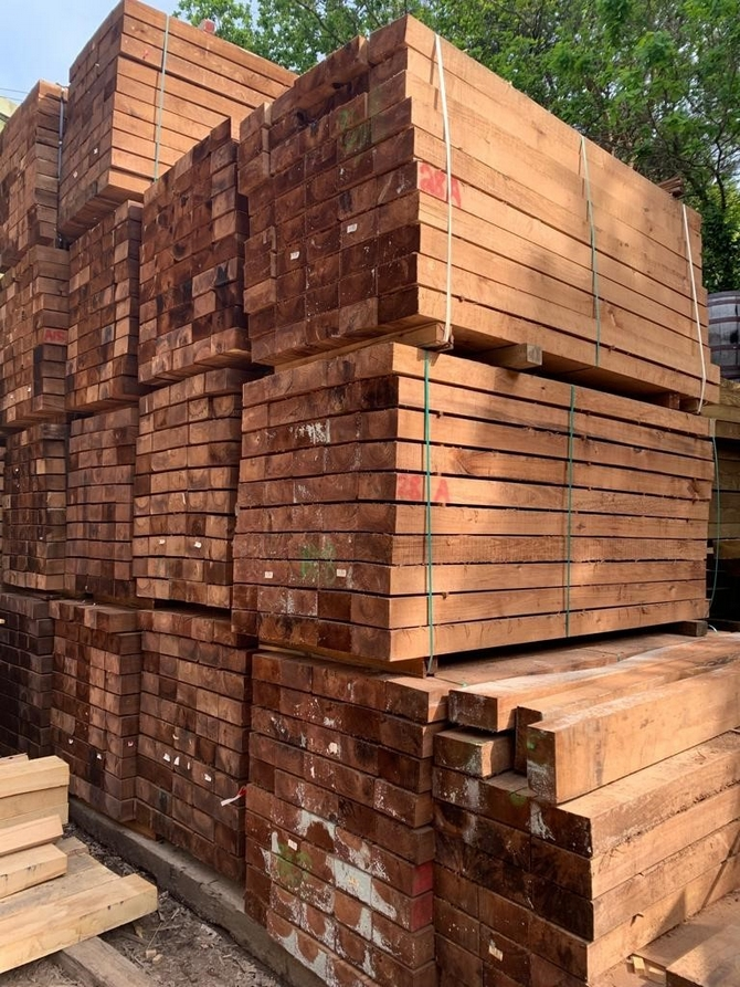 Brown Treated Hardwood Sleepers 200 x 100 x 2.4m