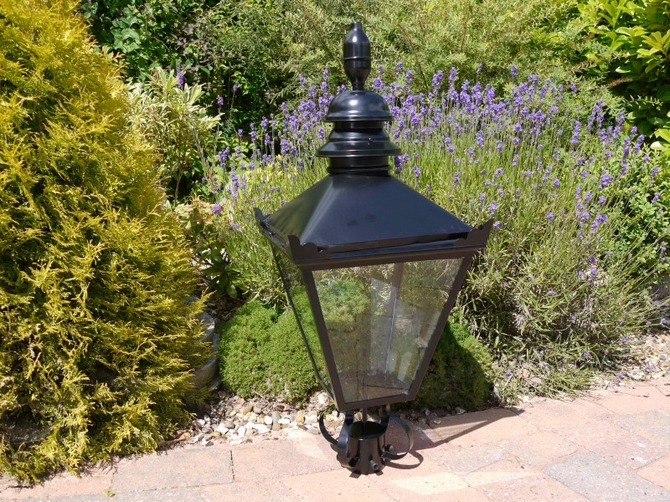 Black Victorian Style lamp top