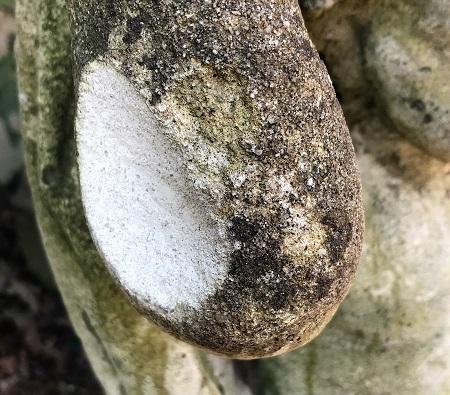 Reconstituted stone Cherub Plinth