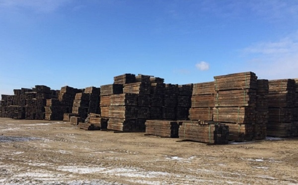 RECLAIMED RAILWAY SLEEPERS  - WHOLESALE