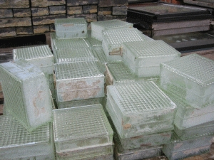 Reclaimed Glass Blocks AR134